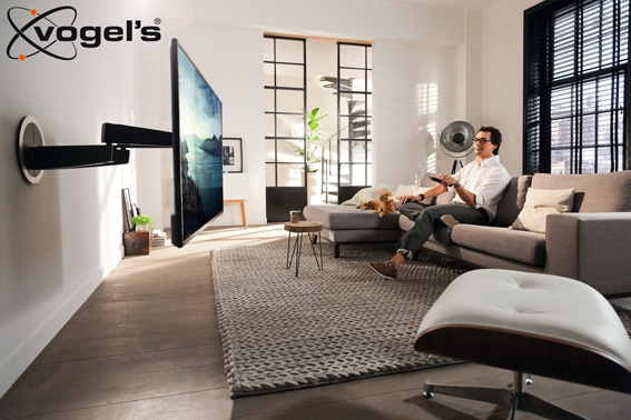 Fernsehhalterung Wand vogels motionmount next 7355 elektrische schwenkbare tv